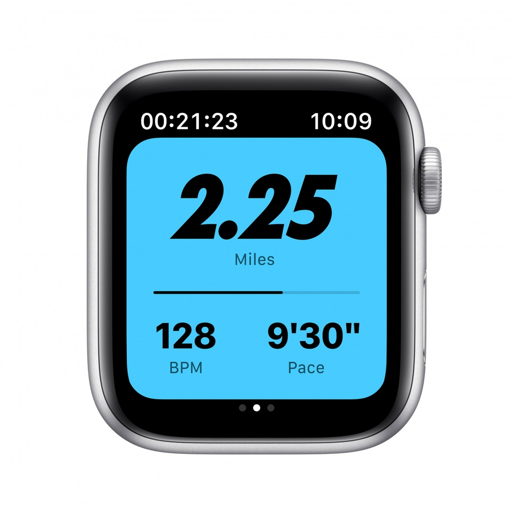Apple Watch Nike SE GPS, 40mm Silver Aluminium Case with Pure Platinum/Black Nike Sport Band - Regular